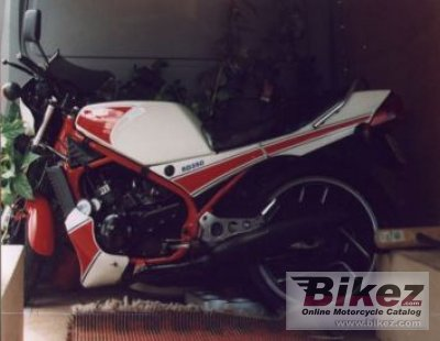 1983 Yamaha RD 350 LC YPVS (reduced effect)