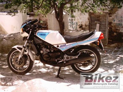 1984 yamaha rd 350 lc ypvs specifications and pictures. Black Bedroom Furniture Sets. Home Design Ideas