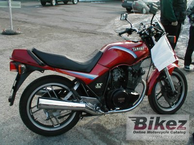 1985 Yamaha XS 400 DOHC (reduced effect) photo