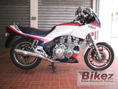 1985 Yamaha XJ 900 F photo