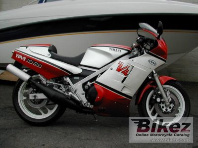 1986 Yamaha RD 500 LC photo