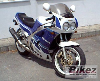 1987 Yamaha FZR 1000 Genesis photo