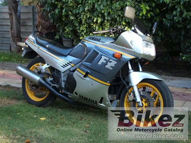 Big  fzr 750 genesis picture and wallpaper from Bikez.com