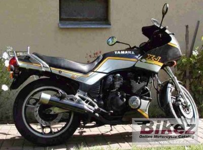 1988 yamaha xj 600 specifications and pictures. Black Bedroom Furniture Sets. Home Design Ideas