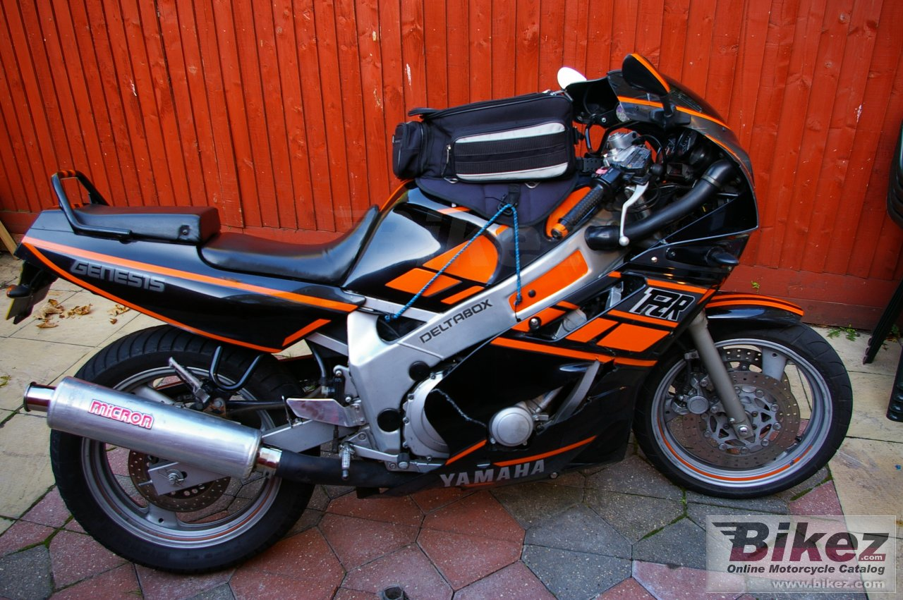nymous user. fzr 600 (reduced effect 2)