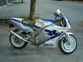 1991 Yamaha FZR 1000 photo