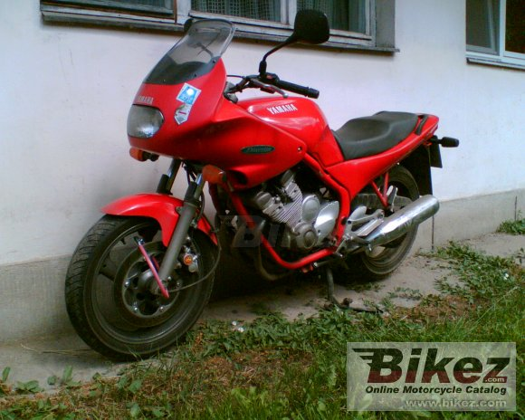 1993 Yamaha XJ 600 Diversion photo