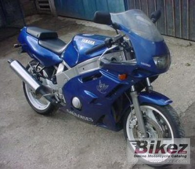 1993 Yamaha FZR 600 photo