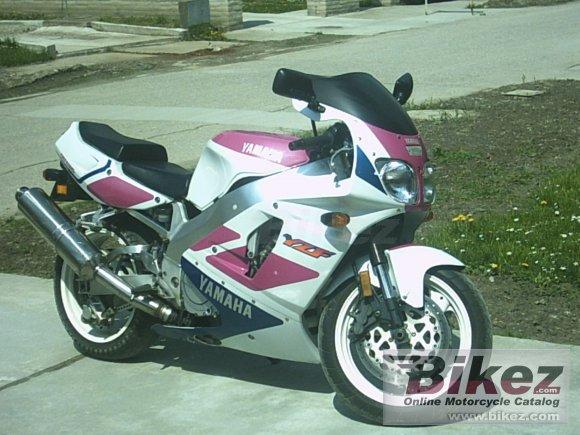 1993 Yamaha YZF 750 R