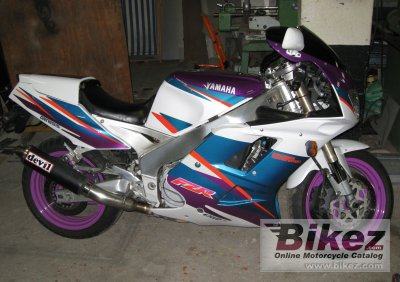 1995 Yamaha FZR 1000 photo