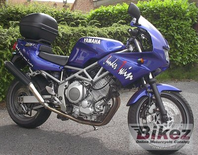 1998 Yamaha TRX 850 photo