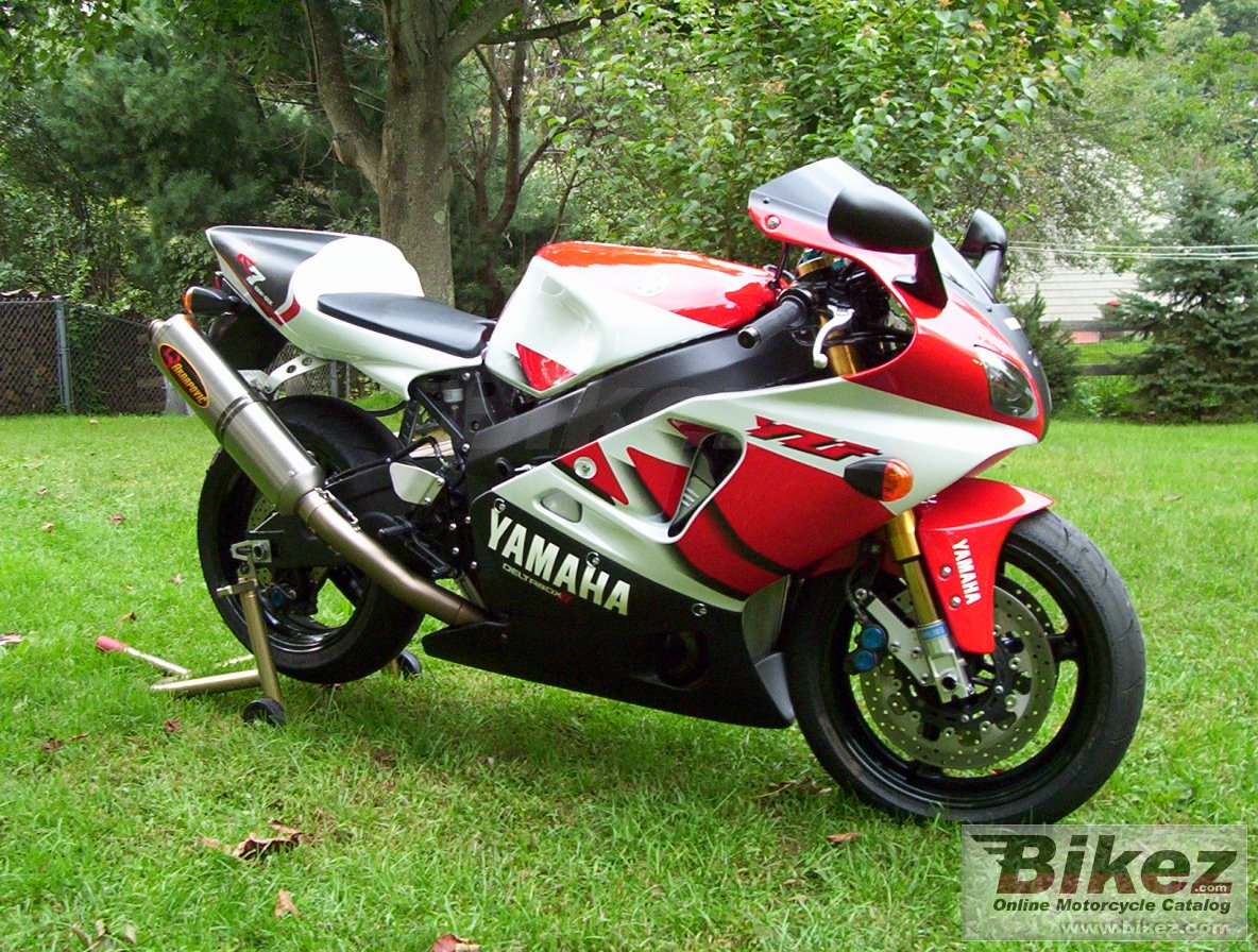 nymous user. yzf-r7