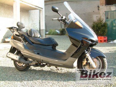 2000 Yamaha YP Majesty 250 DX photo