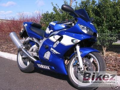 2000 Yamaha YZF-R6 photo