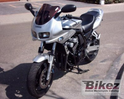 2000 Yamaha FZS 600 S photo
