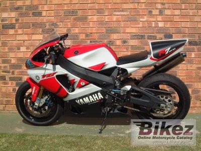 2000 Yamaha YZF-R7