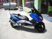 2001 Yamaha T-Max 500 photo