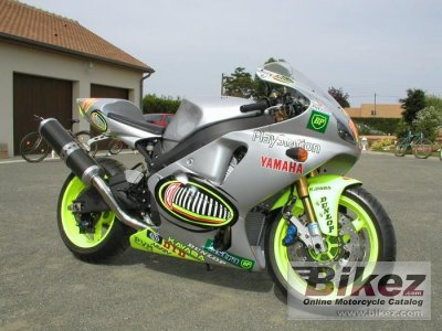 2001 Yamaha YZF-R7 photo