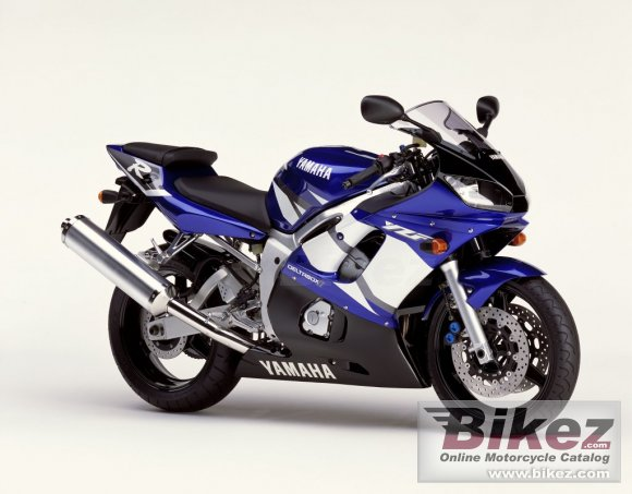 2002 Yamaha YZF-R6 photo
