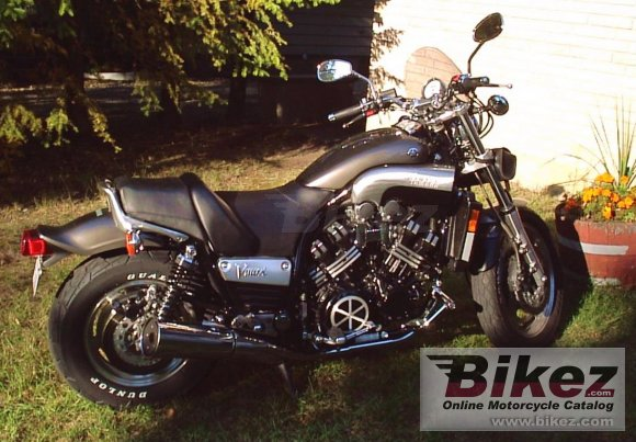 2002 Yamaha VMX 1200 V-Max photo