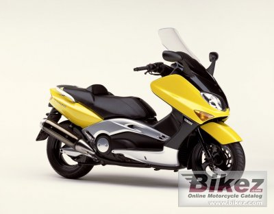 2002 Yamaha TMax 500 photo