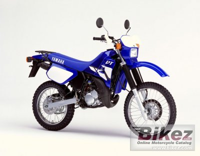 2002 yamaha dt 125 r specifications and pictures. Black Bedroom Furniture Sets. Home Design Ideas