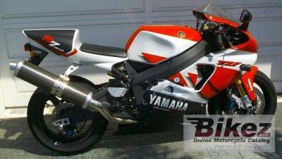 2002 Yamaha YZF-R7