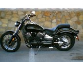 2006 Yamaha V Star 1100 Custom photo