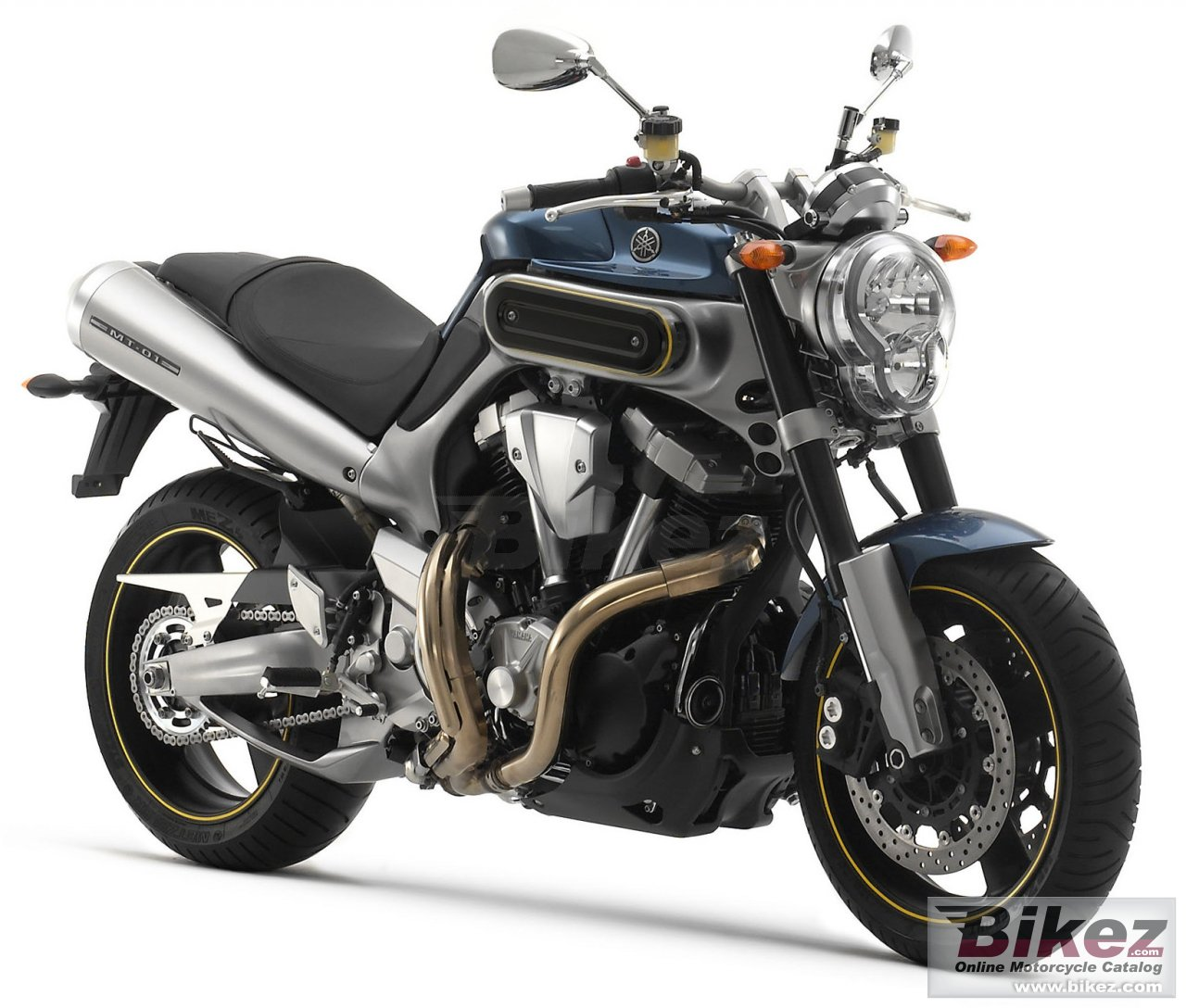 Big Yamaha mt-01 picture and wallpaper from Bikez.com