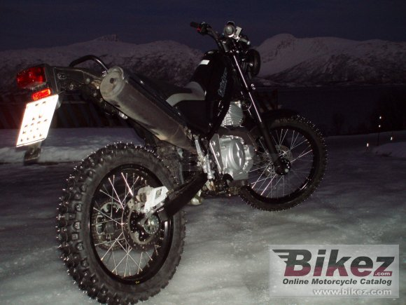2006 Yamaha Tricker photo