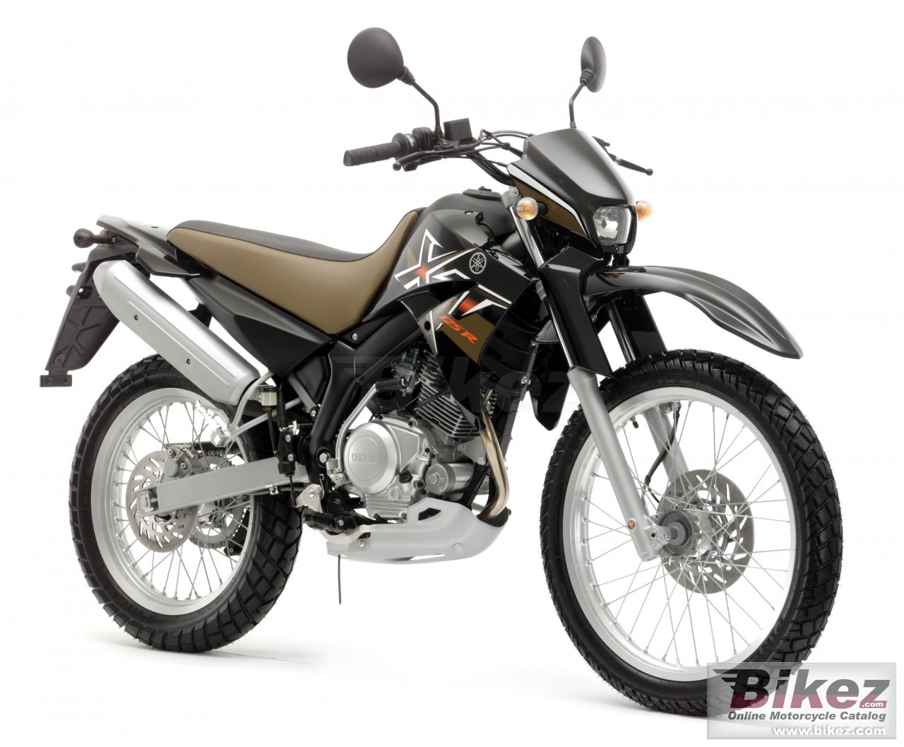 Big Yamaha xt 125 r picture and wallpaper from Bikez.com