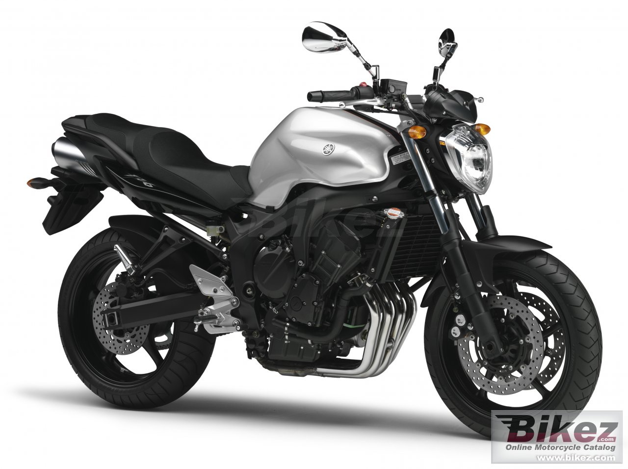 Big Yamaha fz6 s2 picture and wallpaper from Bikez.com