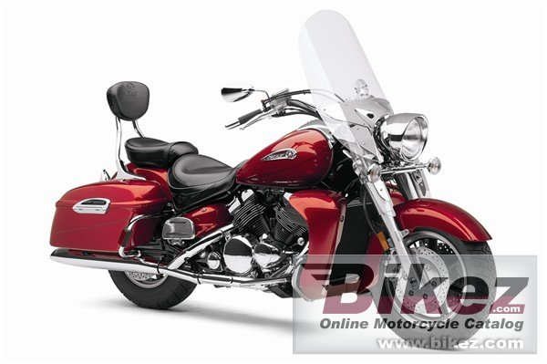 Big Yamaha royal star tour deluxe picture and wallpaper from Bikez.com