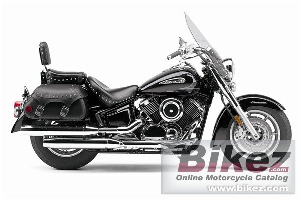 Big Yamaha v star 1100 silverado picture and wallpaper from Bikez.com
