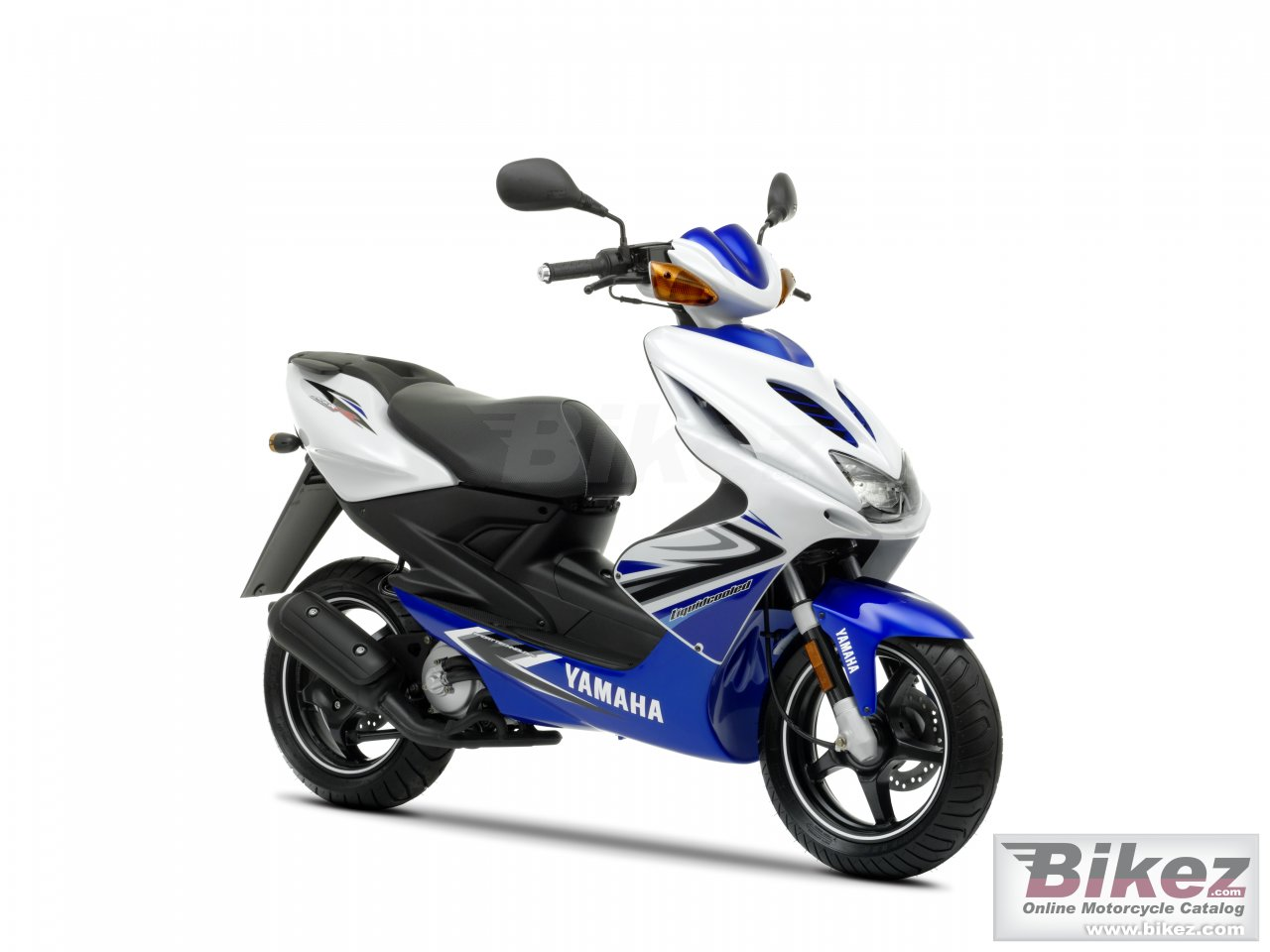 Big Yamaha aeroxr picture and wallpaper from Bikez.com