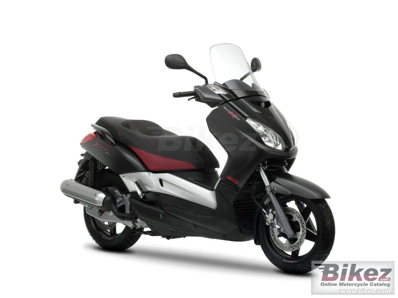 Big Yamaha black x-max 125 picture and wallpaper from Bikez.com