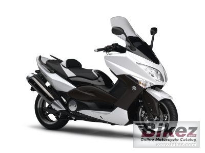 2010 Yamaha TMAX White Max photo