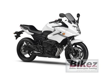 2010 Yamaha XJ6 Diversion photo