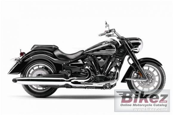 2011 Yamaha Roadliner Midnight