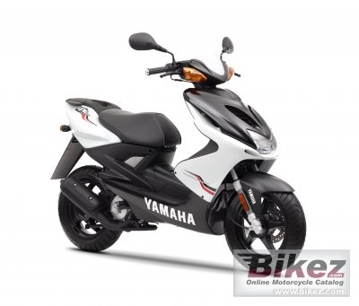 2011 Yamaha Aerox R photo