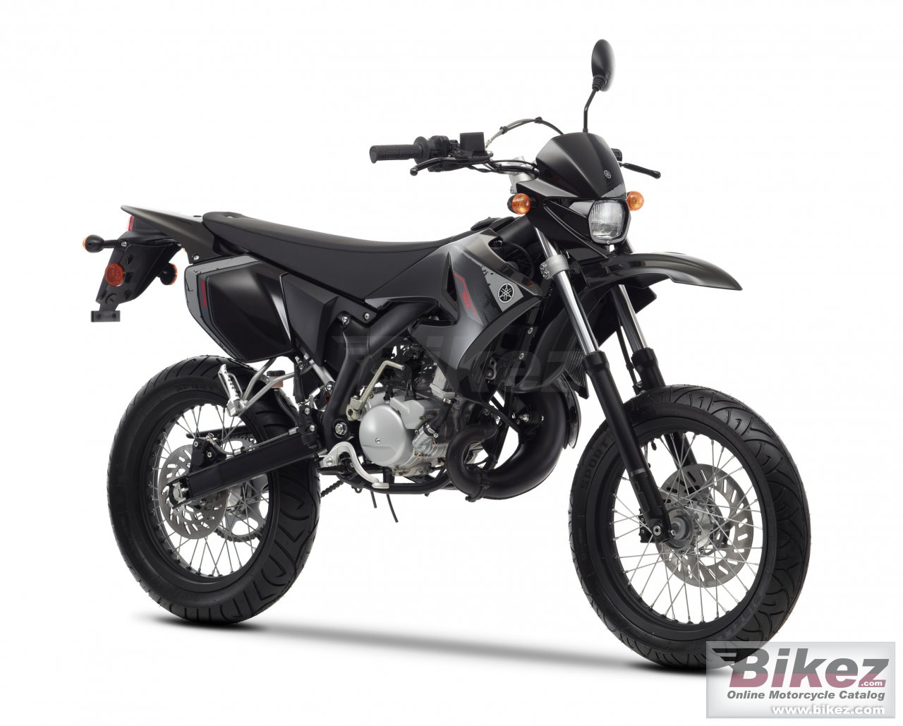 Big Yamaha dt50x picture and wallpaper from Bikez.com