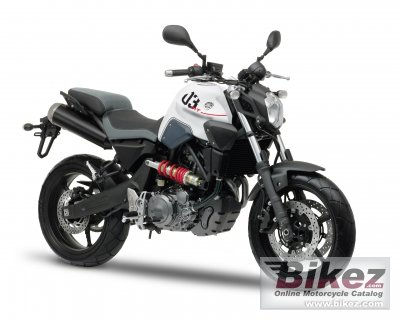 2011 Yamaha MT-03 photo