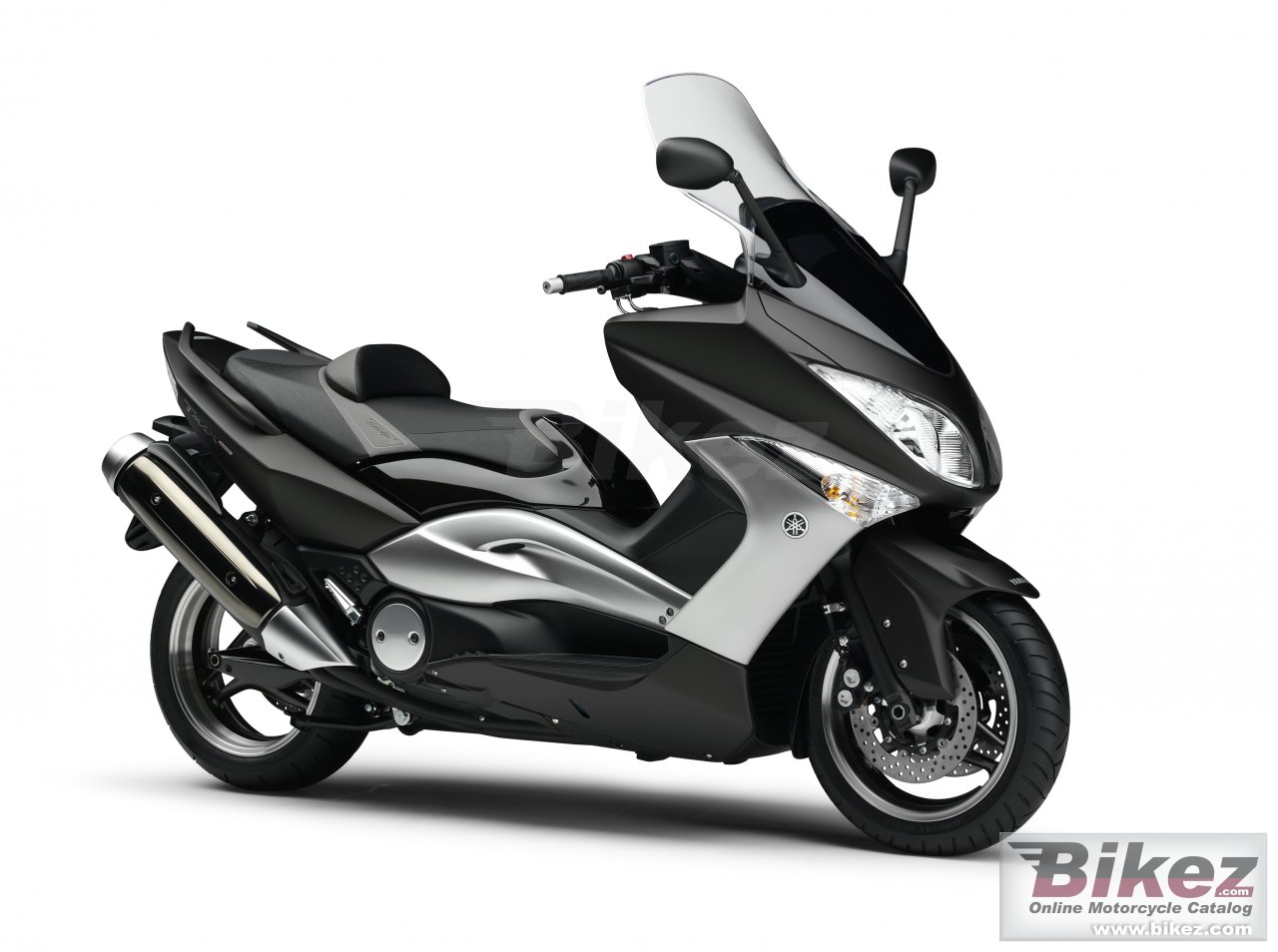 Big Yamaha tmax tech max picture and wallpaper from Bikez.com