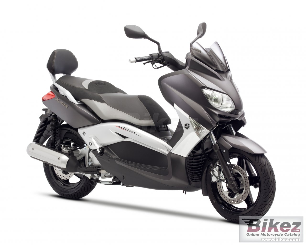 Big Yamaha x-max 250 sport edition picture and wallpaper from Bikez.com