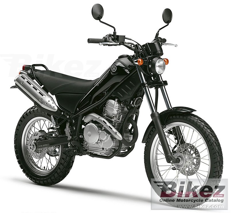 Big Yamaha tricker picture and wallpaper from Bikez.com