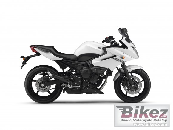 2012 Yamaha XJ6 Diversion    photo