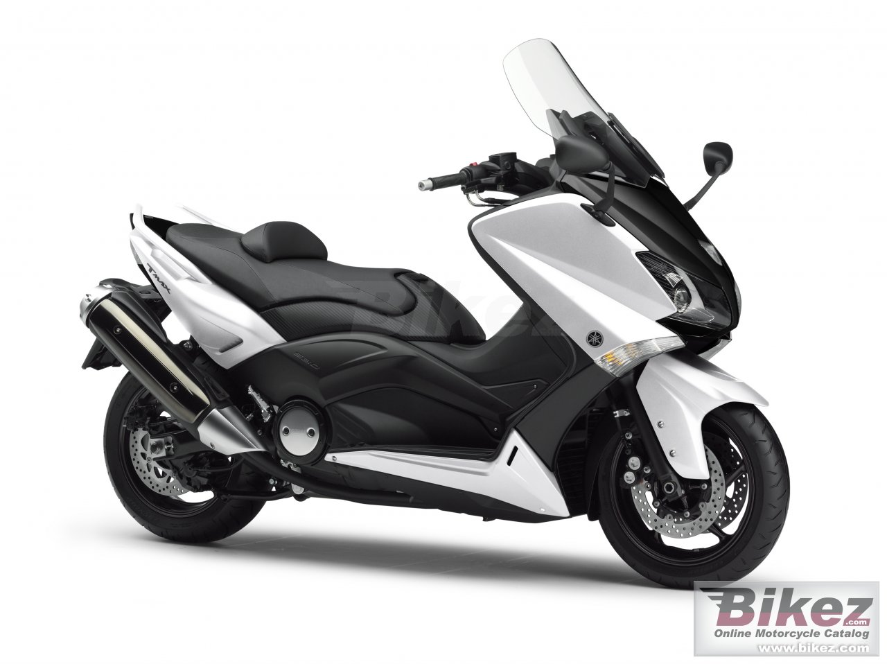 Big Yamaha tmax picture and wallpaper from Bikez.com