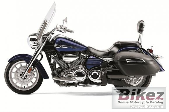 2013 Yamaha Star Stratoliner S photo