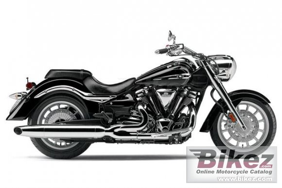 2013 Yamaha Star Roadliner S photo