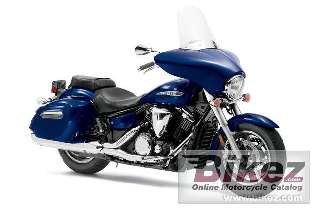 Big Yamaha v star 1300 deluxe picture and wallpaper from Bikez.com